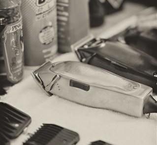 barbier tondeuse barbe cheveux
