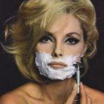 Virna Lisi s'entaînant au rasage sous l'objectif de George Lois