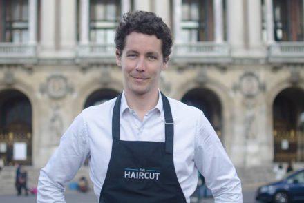 Beau portrait d'Erik Desloges, le fondateur de The Haircut, interviewé par l'équipe de Monsieur Barbier.